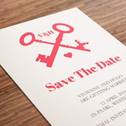 DIY-printable-save-the-date-red-keys-600x600